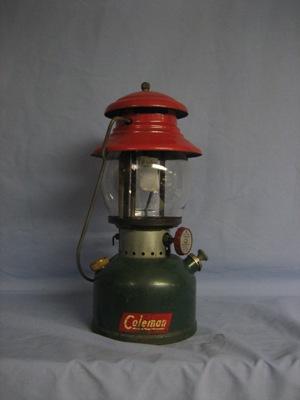 Coleman lantern dating